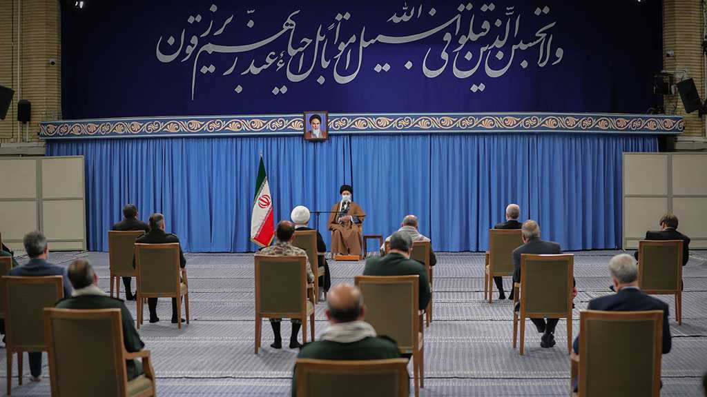 Imam Khamenei Hails Martyrs as Role Models for the Youth