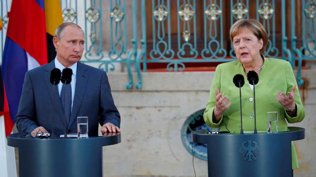 Merkel Urges Putin To Pull Troops Back from Ukraine Border