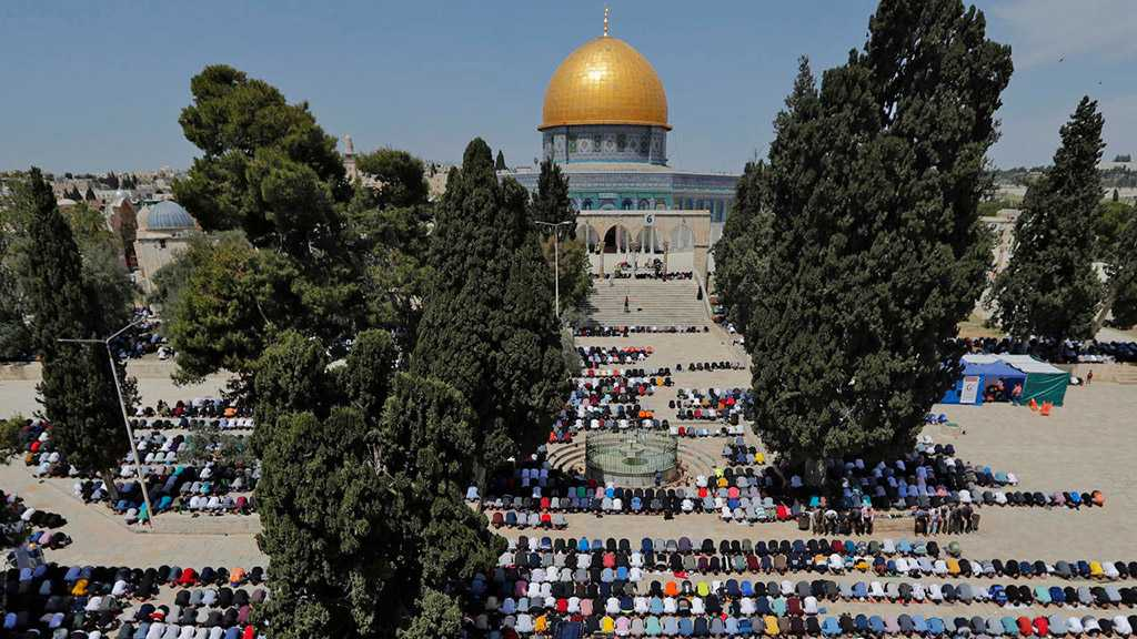Palestinians Hold Aqsa Prayers in Largest Ramadan Gathering Since COVID-19