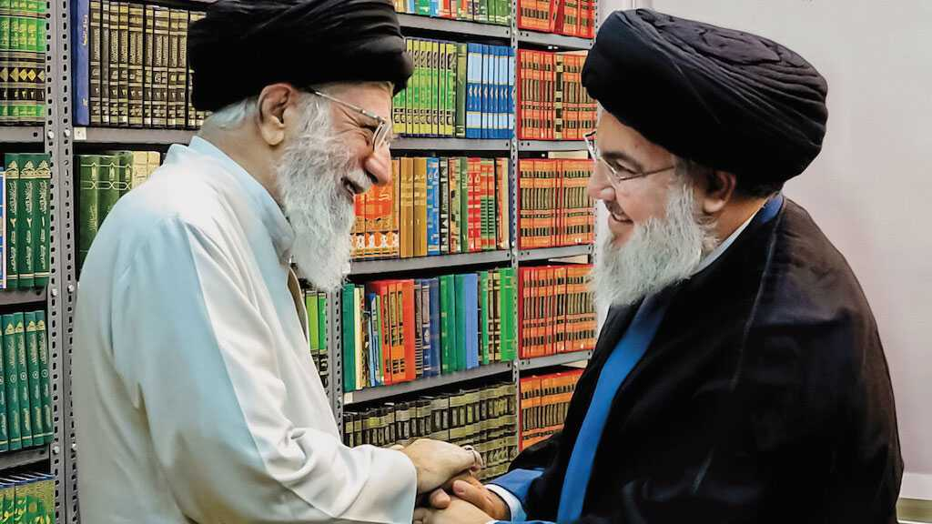 Imam Khamenei Wishes Success for Hezbollah, Palestinian Movements