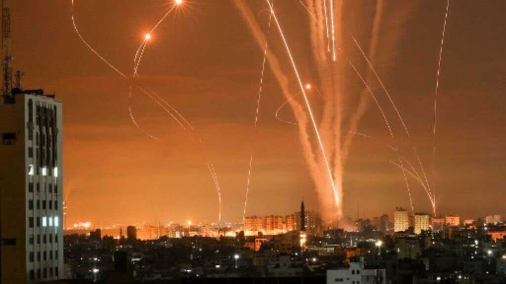 'Israel' Admits to Huge Economic Damage Caused by Gaza Rockets