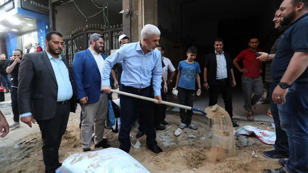 Hamas Leader Challenges 'Israeli' Cowardice, Tours in Gaza Streets Despite Assassination Threats [Photos]