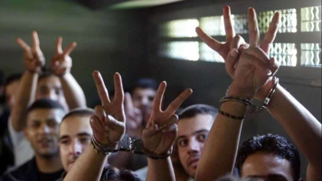 Five Palestinian Detainees Continue their Battle of Hunger Strike