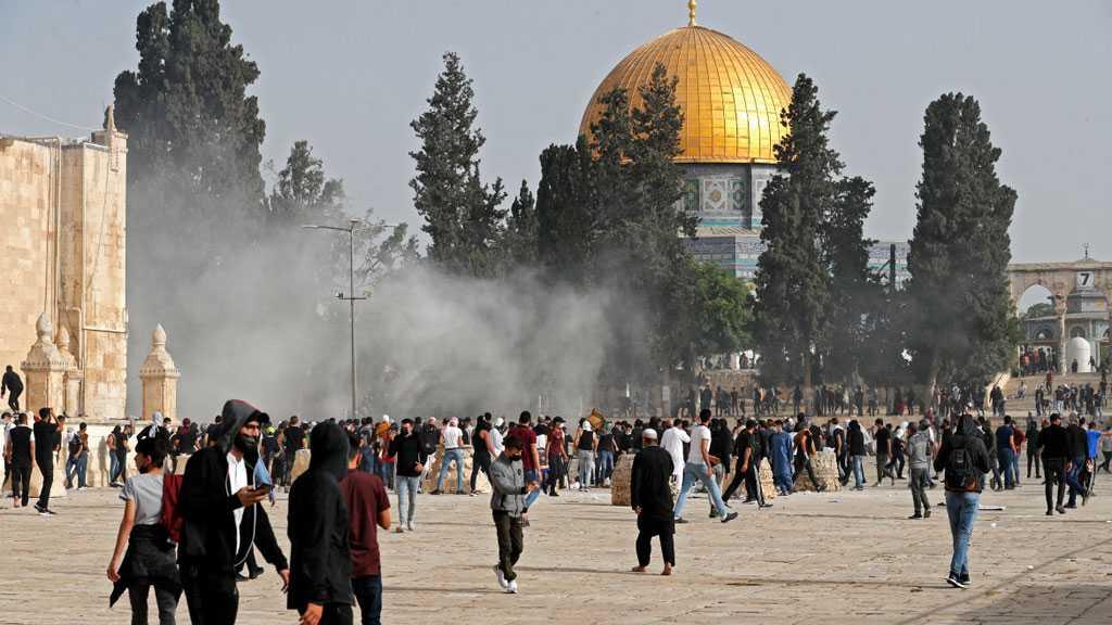 'Israeli' Forces Storm Al-Aqsa Mosque, Attack Worshipers