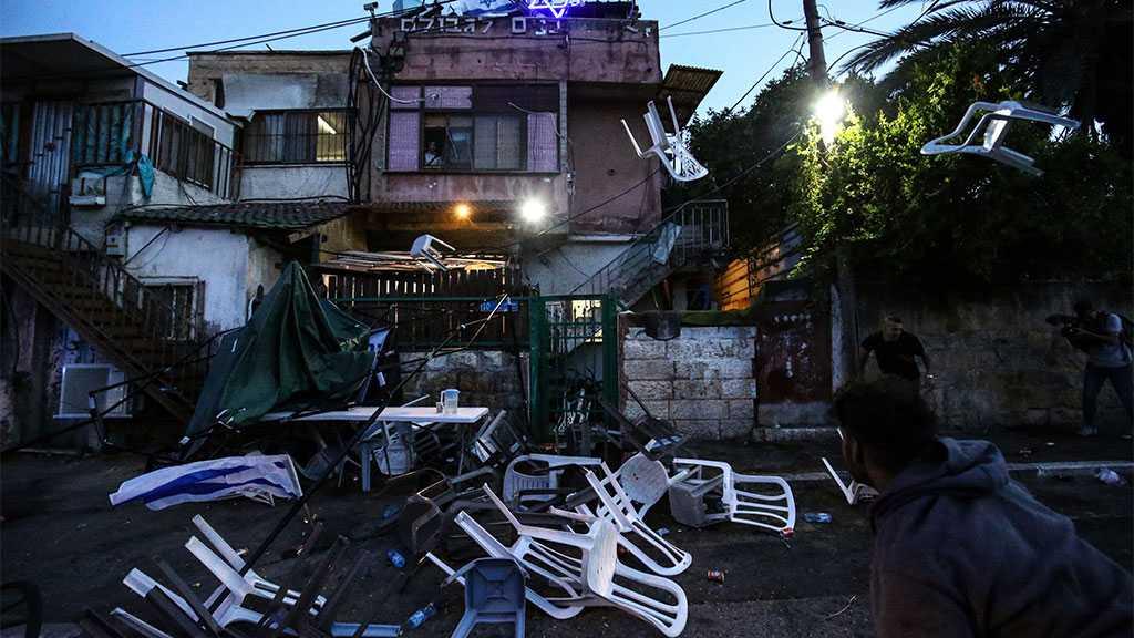 20 Palestinians Injured As Zionist Settlers Attack Sheikh Jarrah Neighborhood