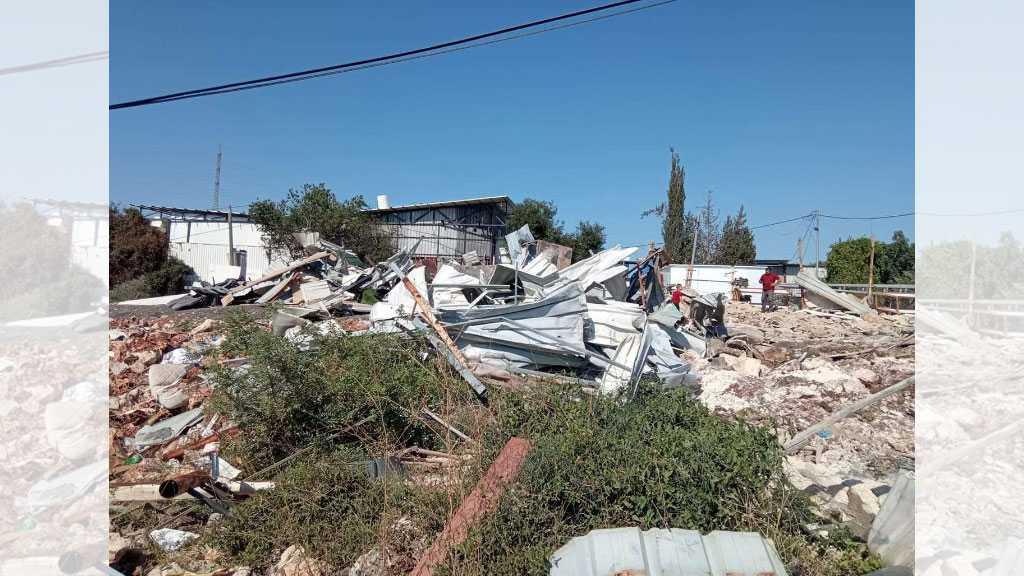 'Israeli' Occupation Demolishes Five Palestinian Structures near Salfit