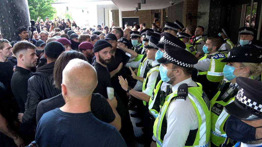 Anti-Vax Protesters Clash with Police As They Try To Storm Old BBC Studios at White City