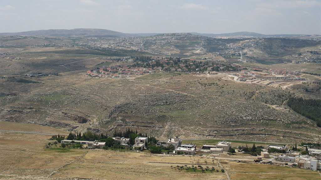 'Israeli' Occupation Forces Palestinian Landlords to Evacuate Their Property in Bethlehem