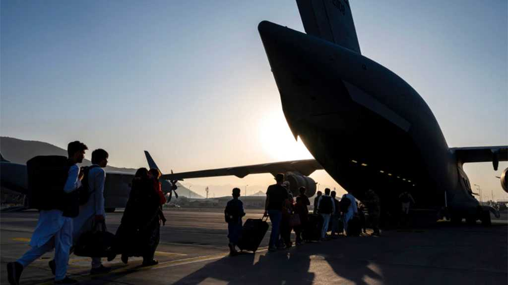 Without Authorization: US Lawmakers Visit Kabul Airport amid Evacuation