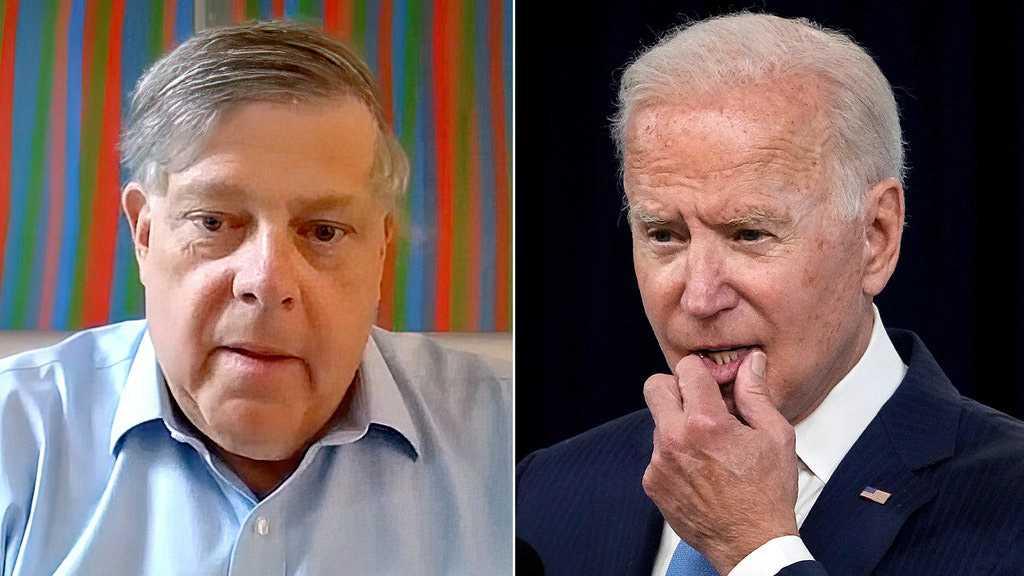 Former Clinton Adviser Calls Afghanistan 'Political Disaster' For Biden, Democrats