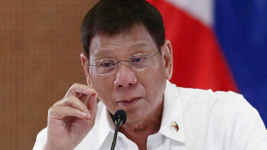 Philippines President Announces Retirement from Politics