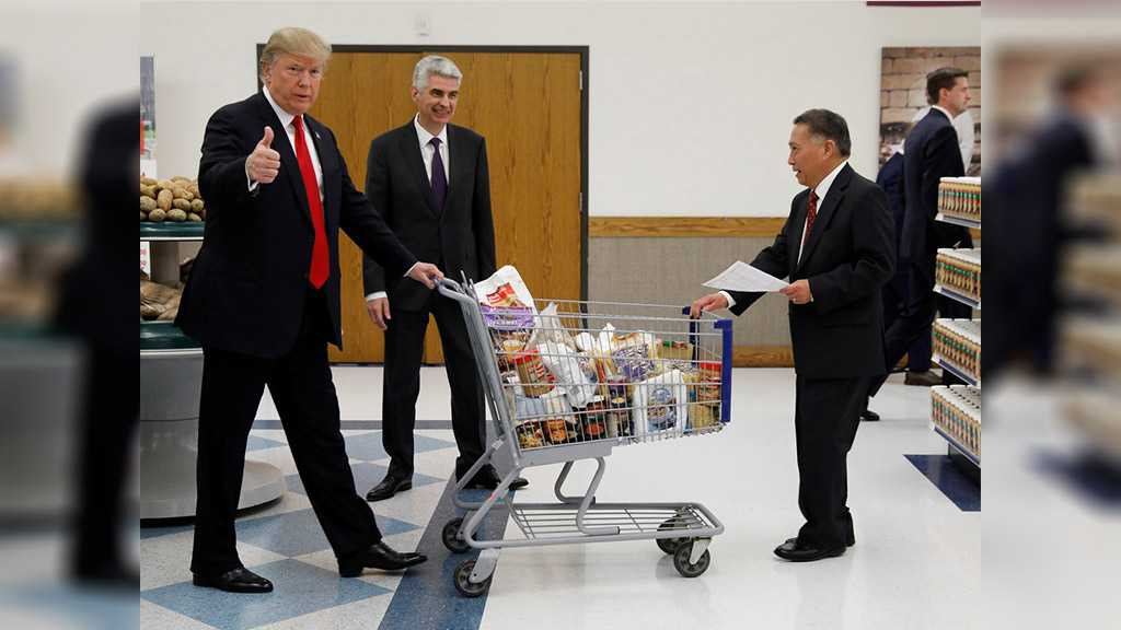 Trump Blames WH 24/7 Kitchen for Presidential Weight Gain
