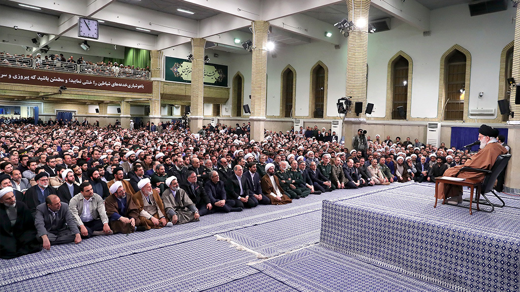 Imam Khamenei: Enemies Cannot Hurt Iranian Nation